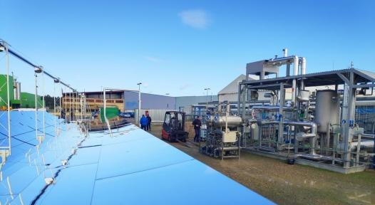 Using solar steam to clean wastewater