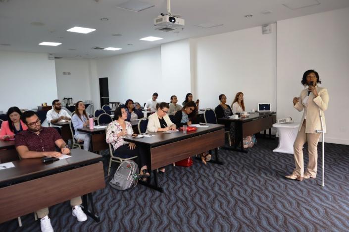 Promoting solar heat in Panama
